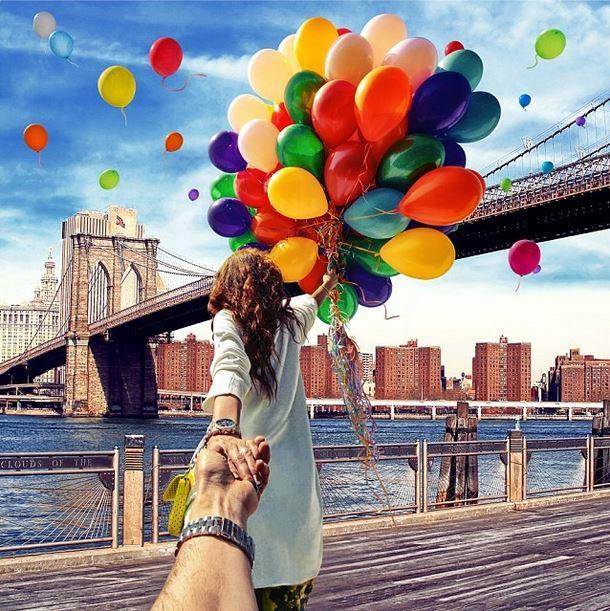 Follow Me Murad Osmann on Instagram Brooklyn Bridge NYC