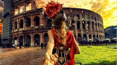Follow Me Murad Osmann on Instagram Roman Colosseum Rome Italy